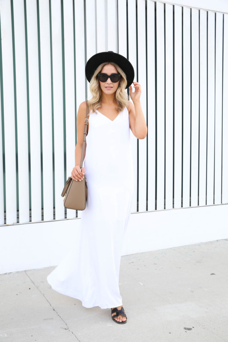 wearing-white-in-the-fall