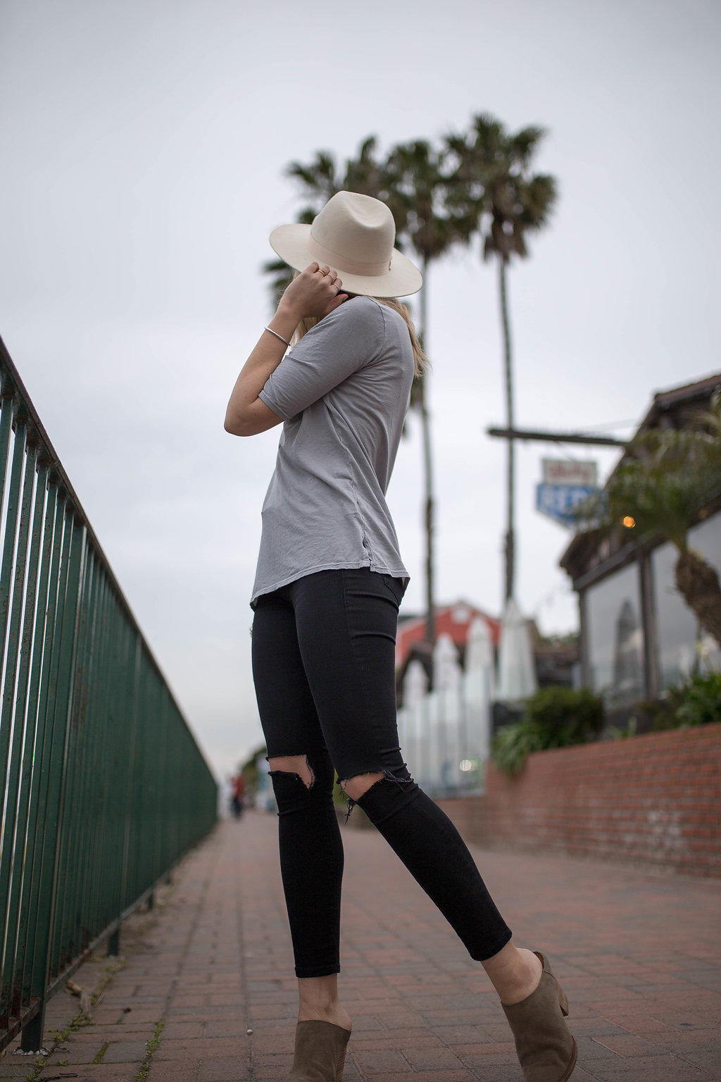 relaxed fitting tee