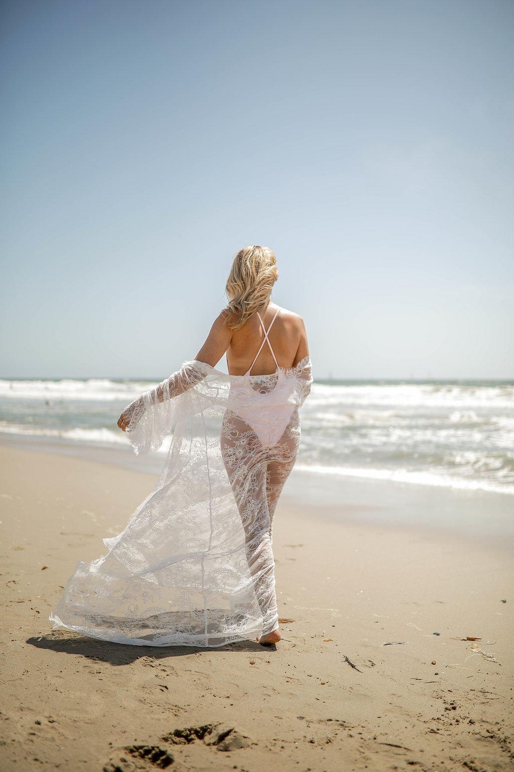 lace robe
