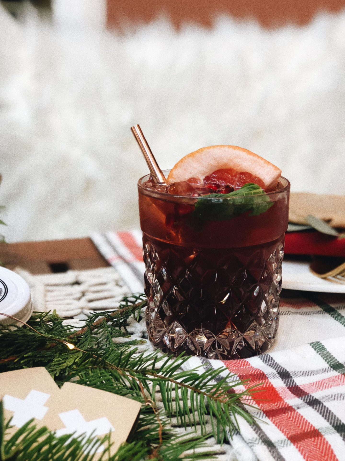 pomegranate ginger paloma drink